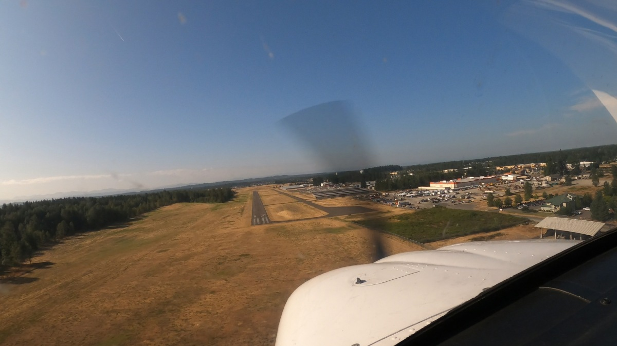 初めて他の飛行場に行きました